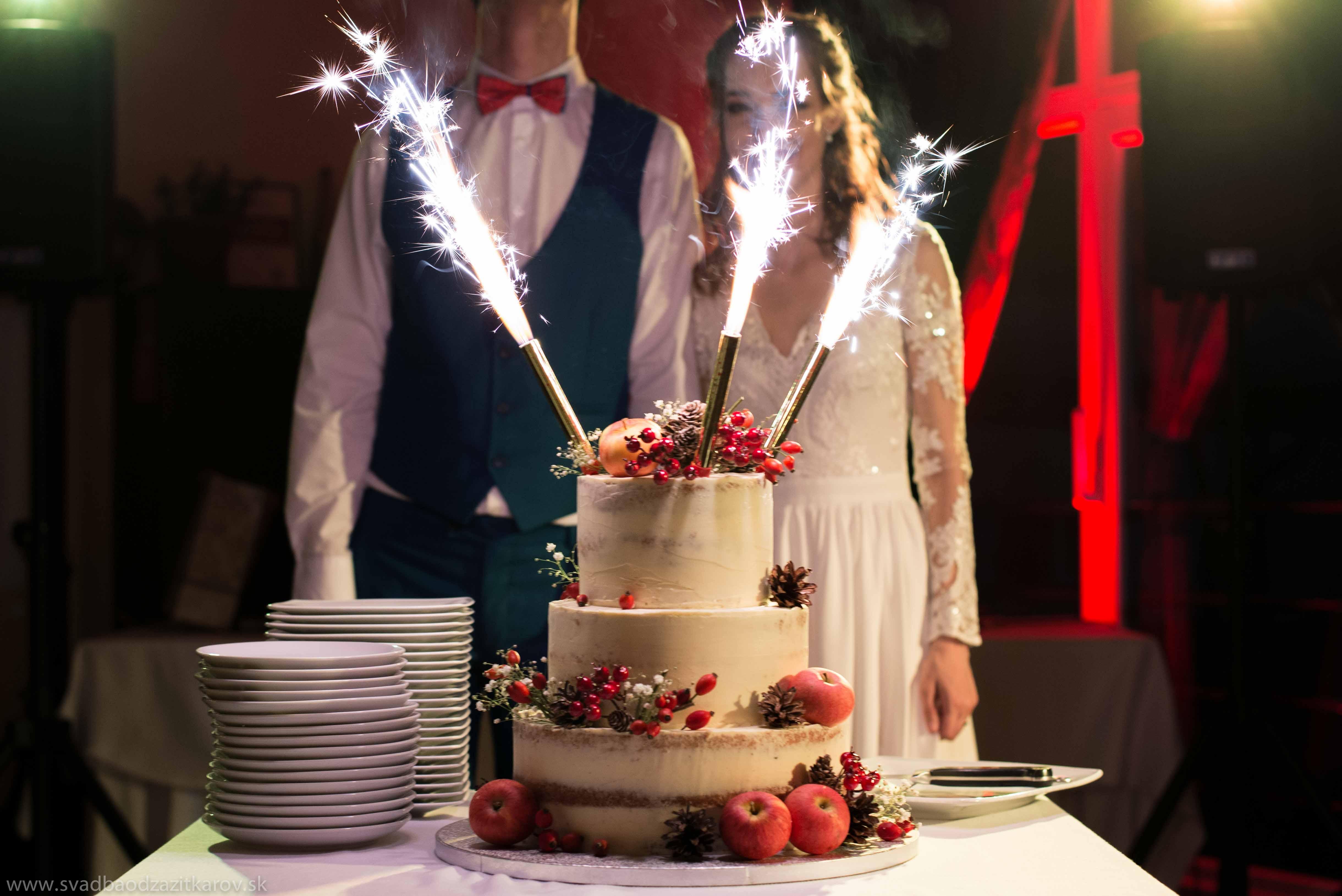 62190684b7 Ako obohatiť svadobný program