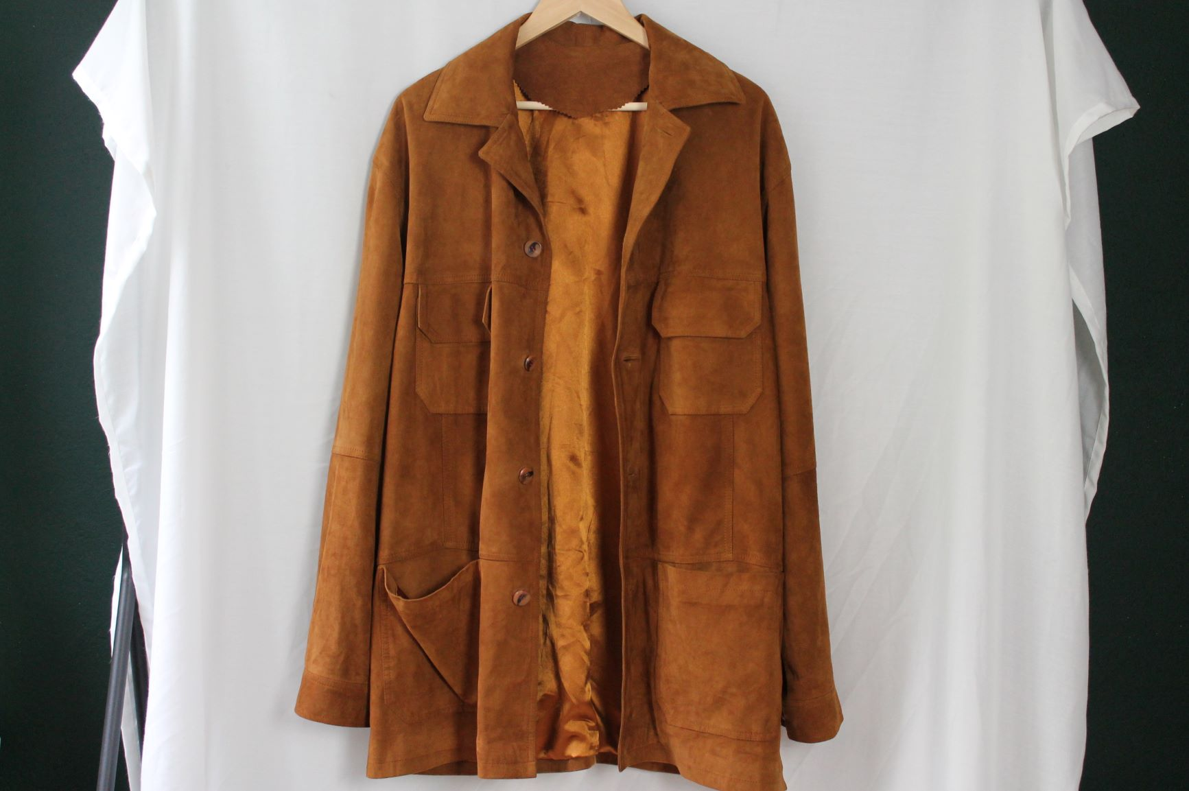 Suede coat size man XL woman oversized