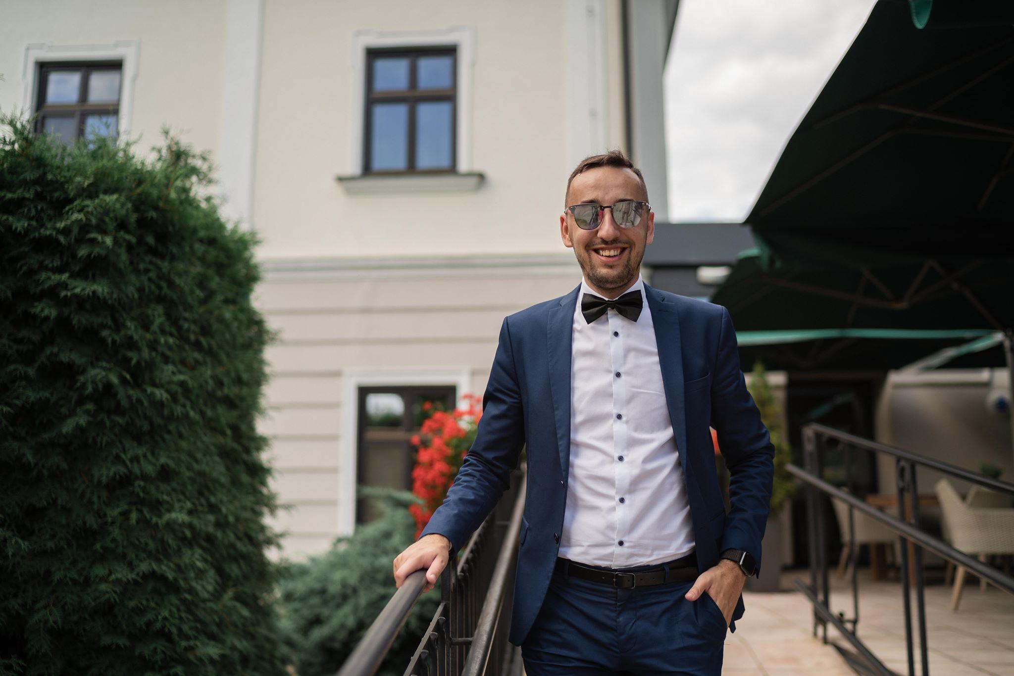 svadobny-dj-moderator-starejsi-na-svadbujpg