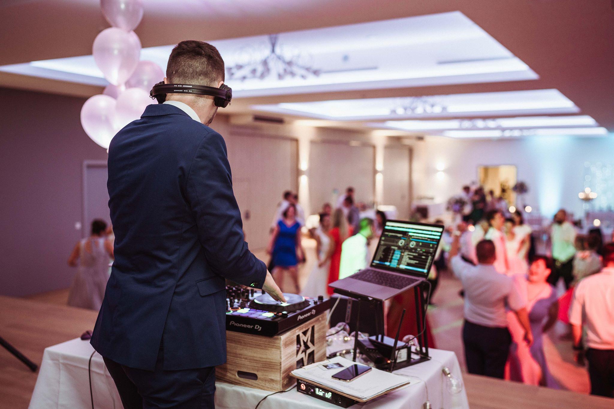 svadba-starejsi-moderator-dj-zilina-bratislava-kosice-poprad-skusenosti-referenciejpg