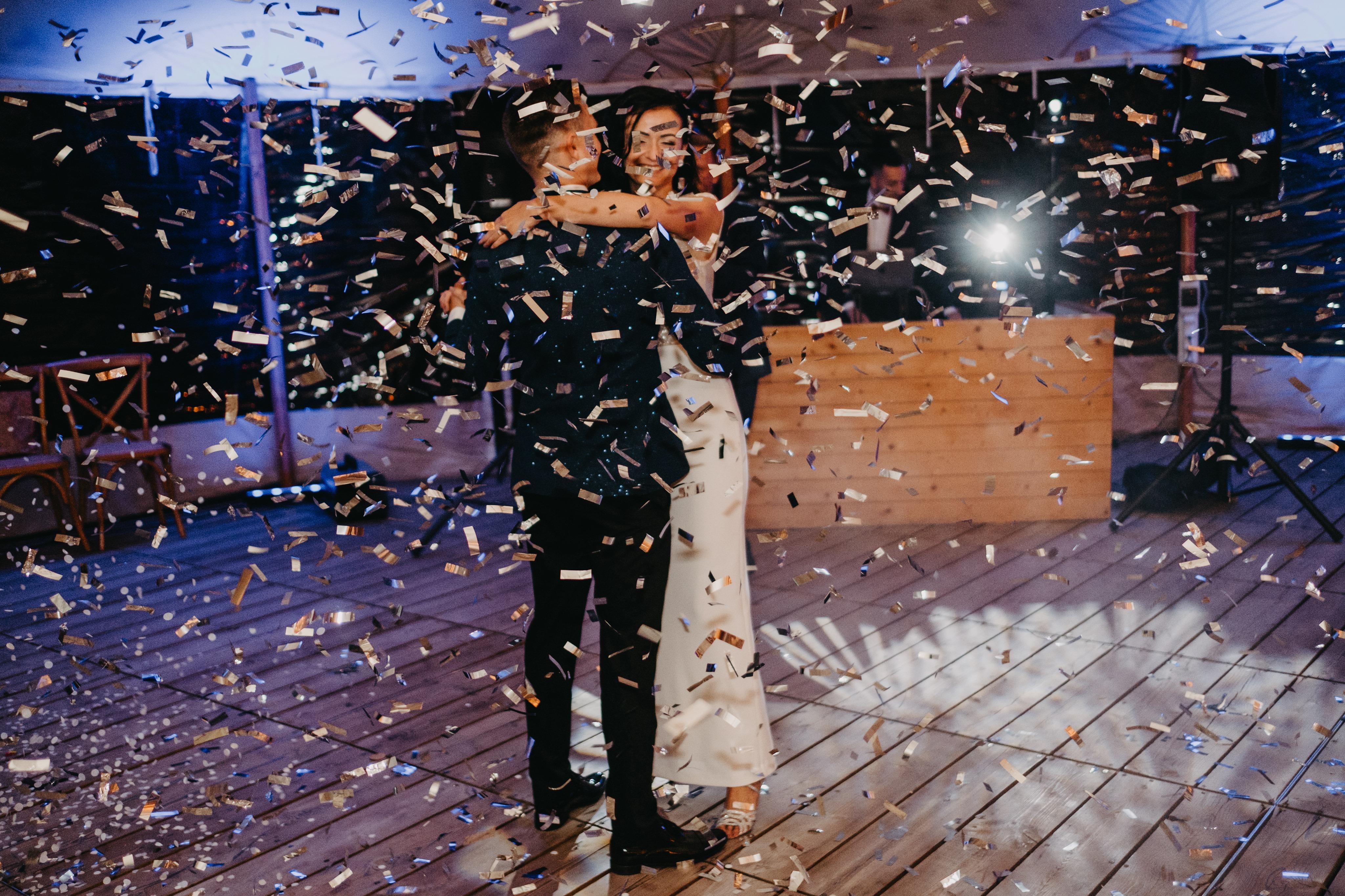 nasvietenie-osvetlenie-saly-svadbajpg