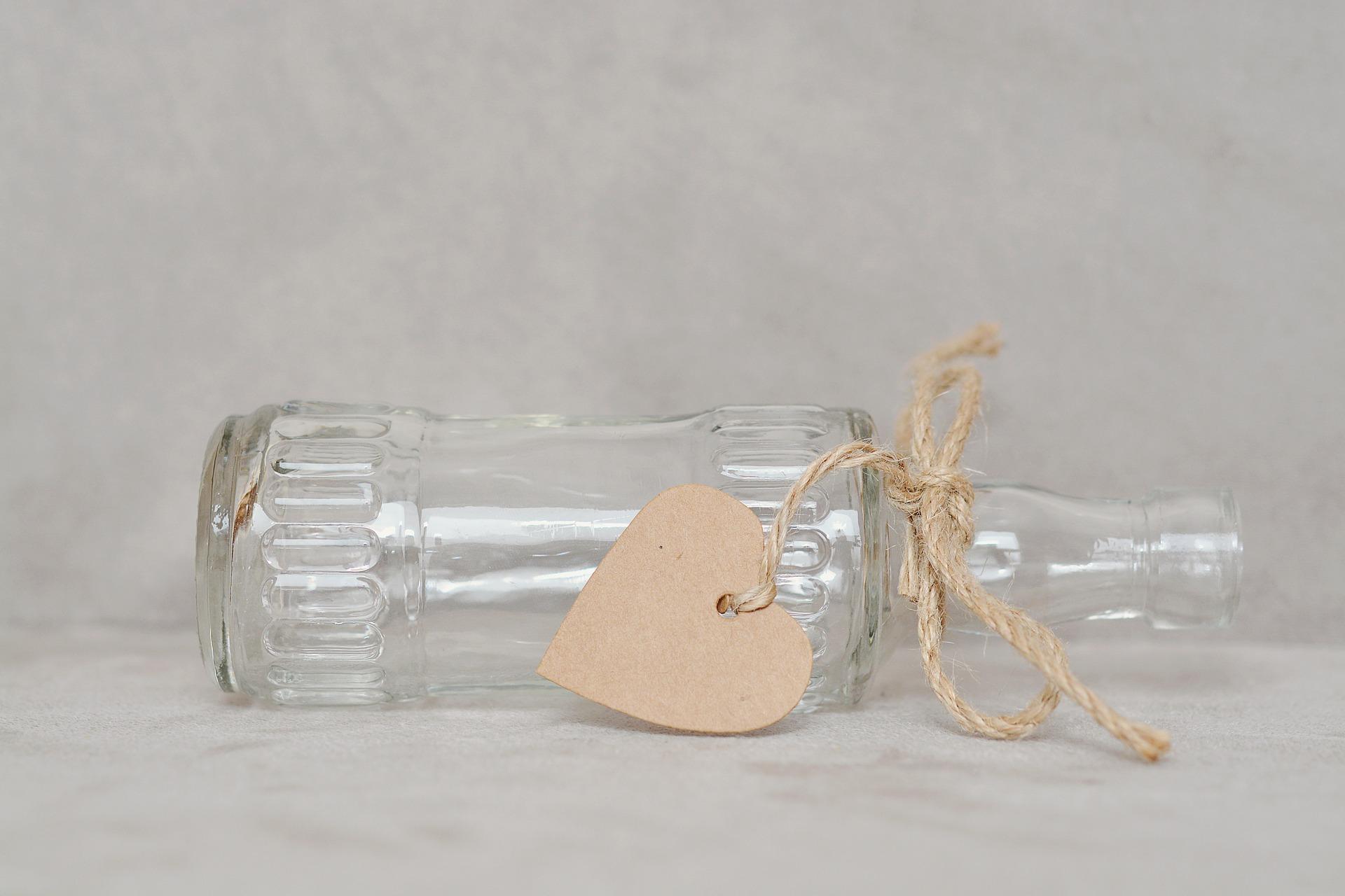 bottle-1282705_1920jpg