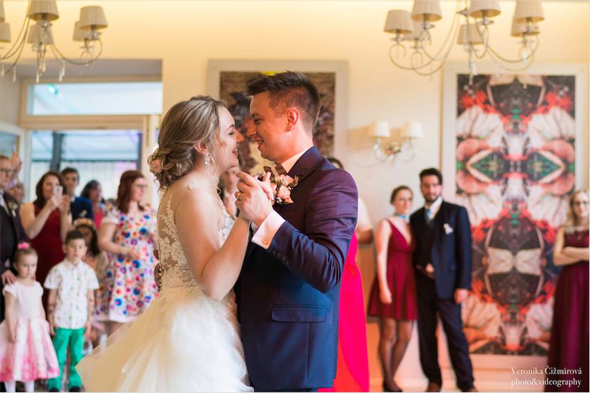 svadba-wedding-svadobna-sala-miesto-na-svadbu-dj-hudba-na-svadbupng