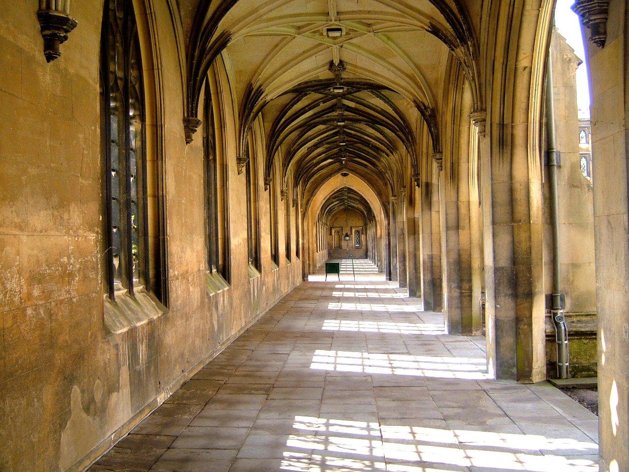 cambridge-atmosfera-na-ulici-stredoveka-architekturajpg