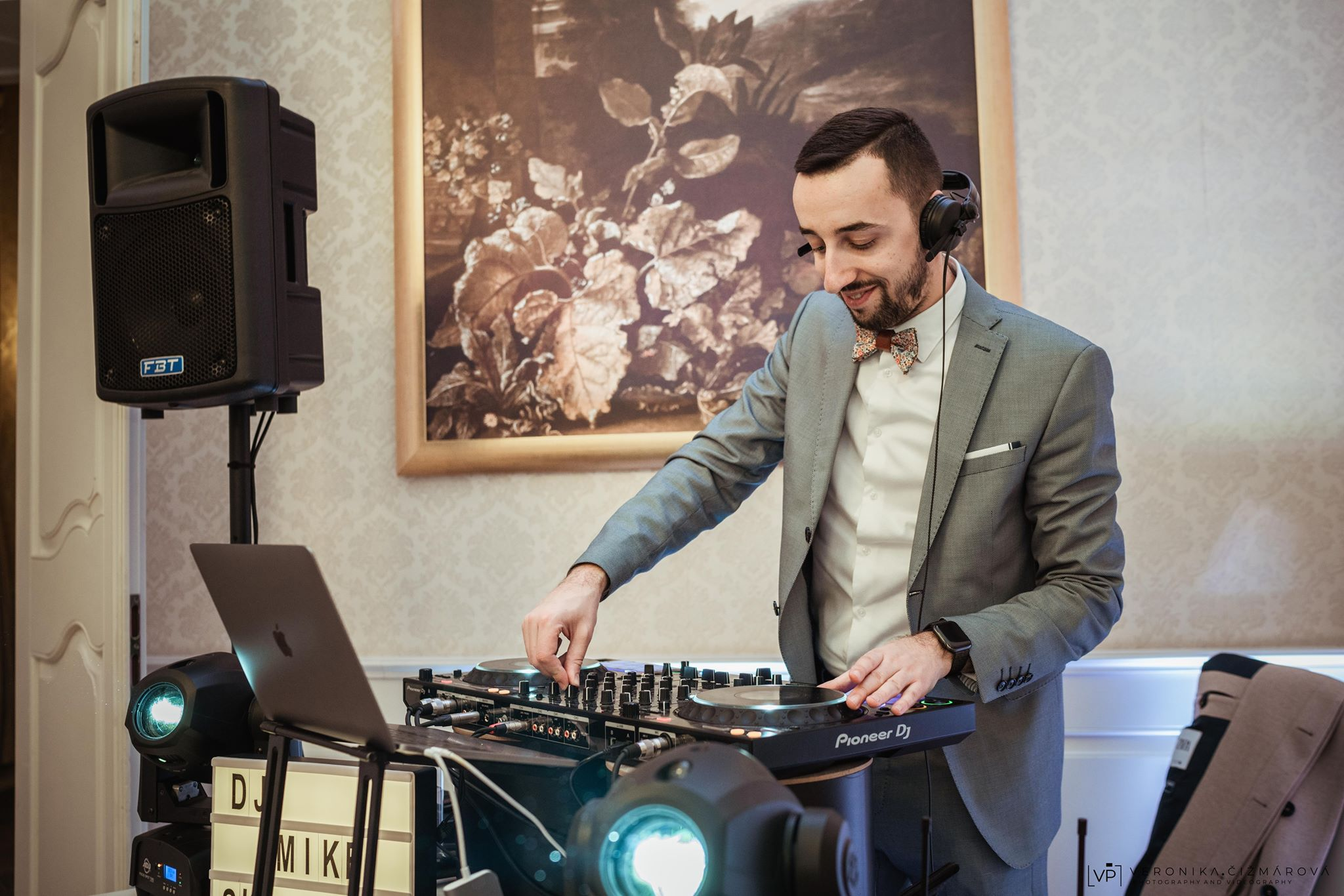 DJ-Mikejpg