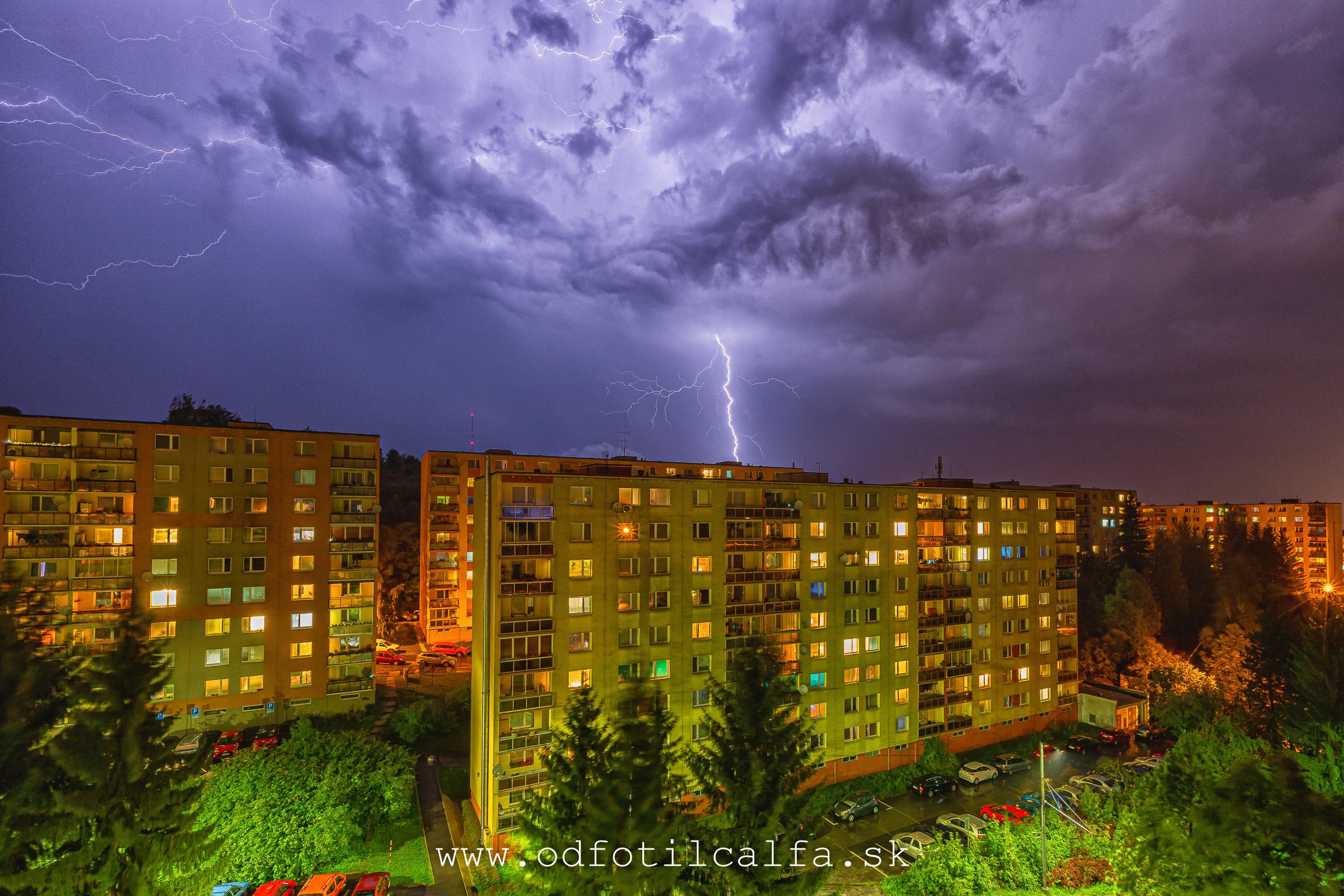 storm brka slovensko dankov stoziar blesky lightningJPG