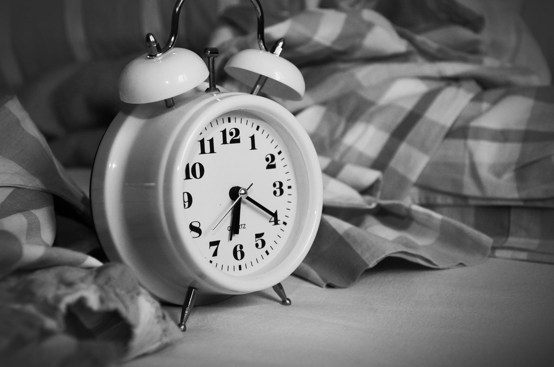 alarm-clock-1193291_1920jpg