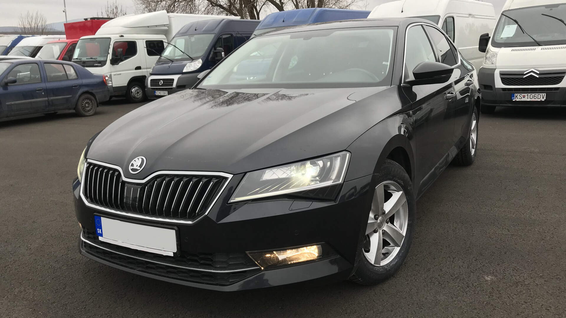 Škoda Superb 2.0 TDI (4)