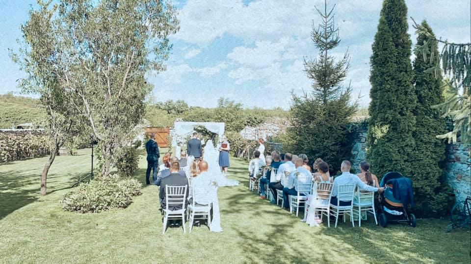 svadobny-obrad-modrajpg