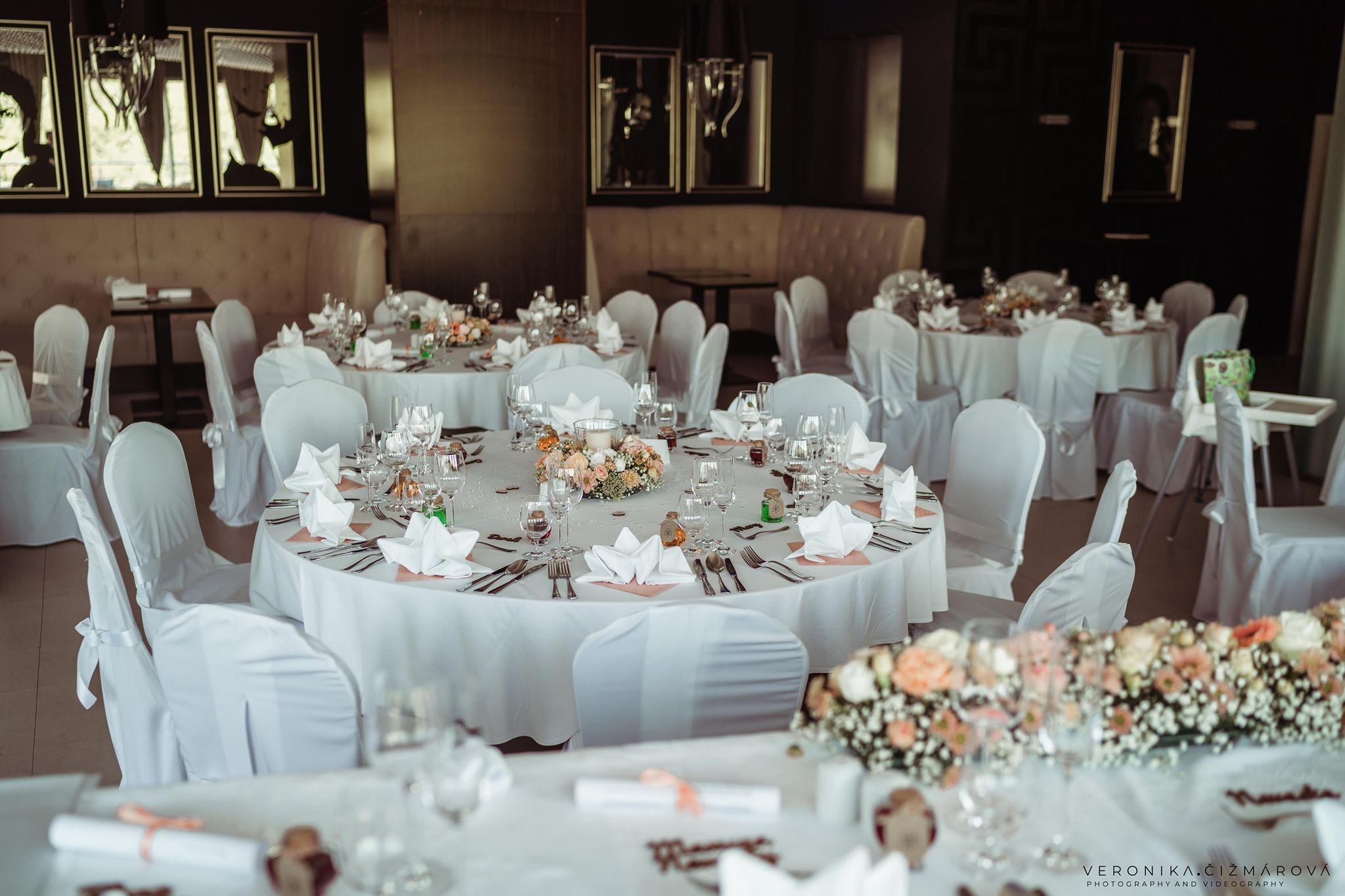 svadba-v-holiday-inn-zilina-sala-svadobnajpg