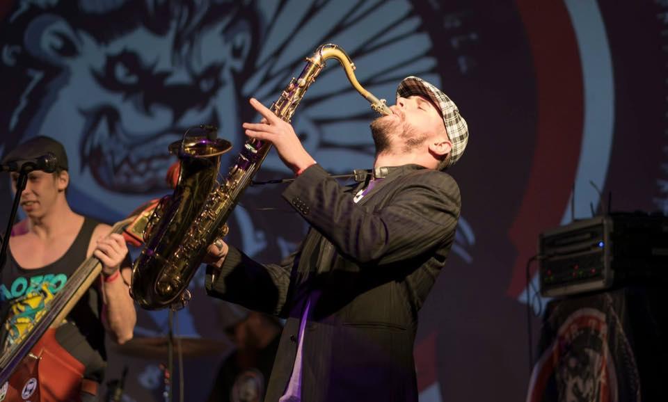 hali sax saxofonista djjpg