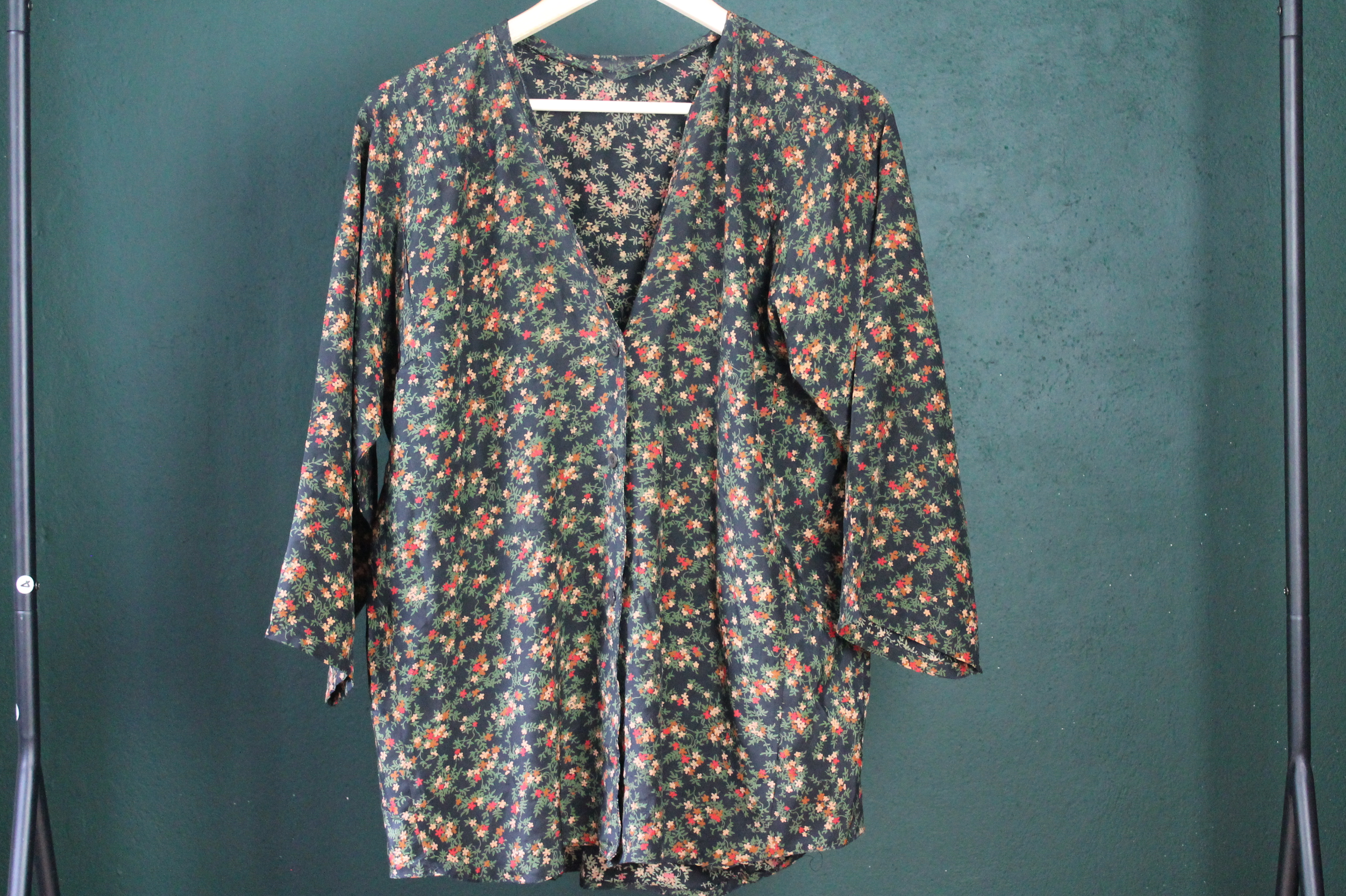 DARK GREEN size M - L