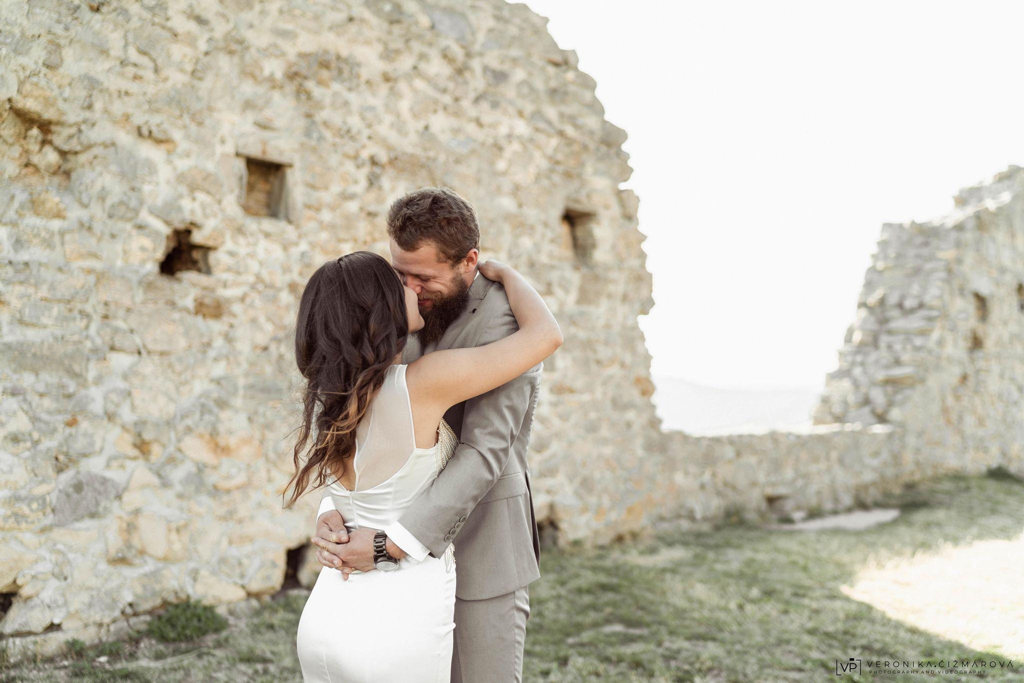hrad-branc-svadobne-foteniejpg