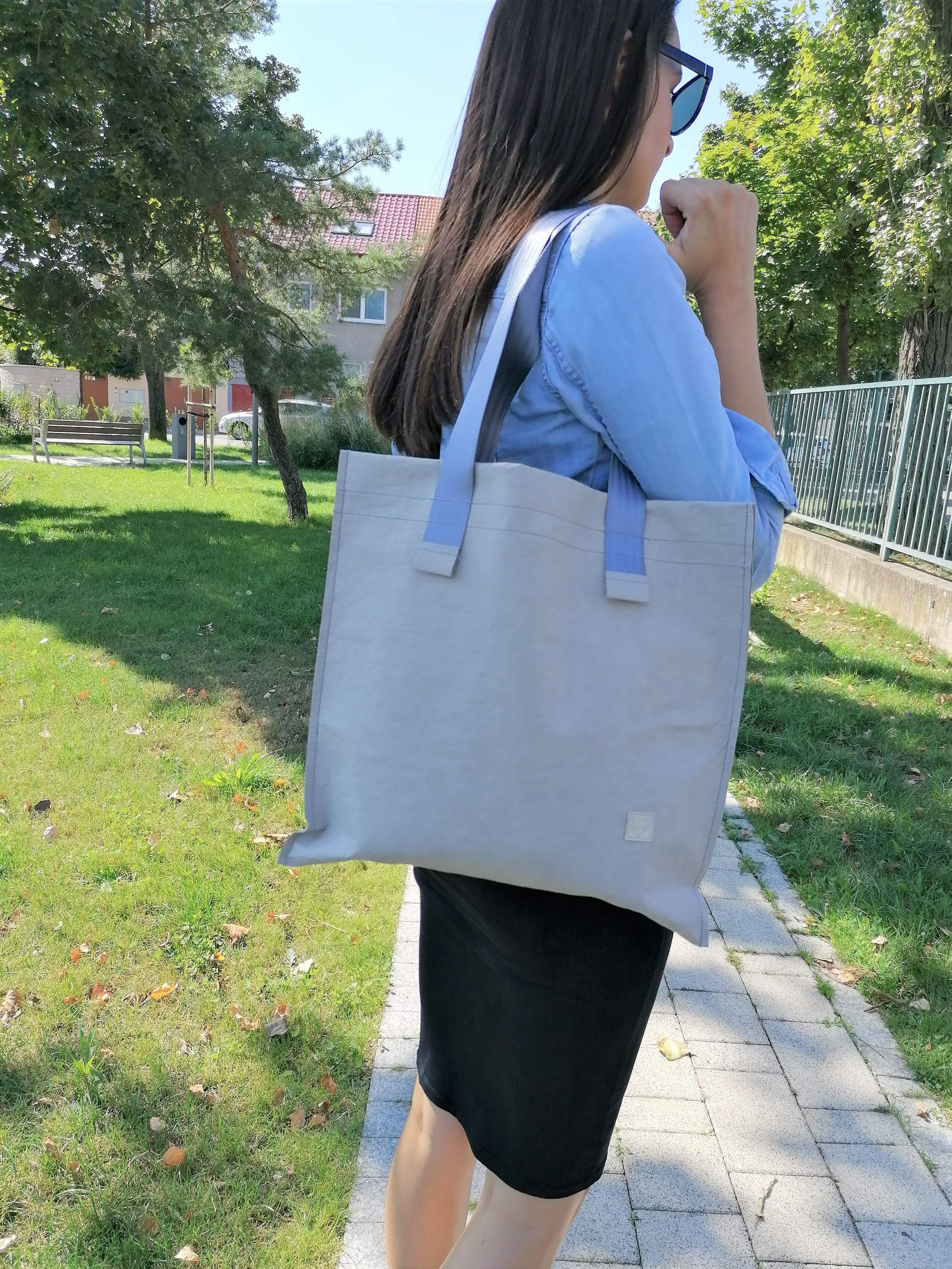 Washbag Grey