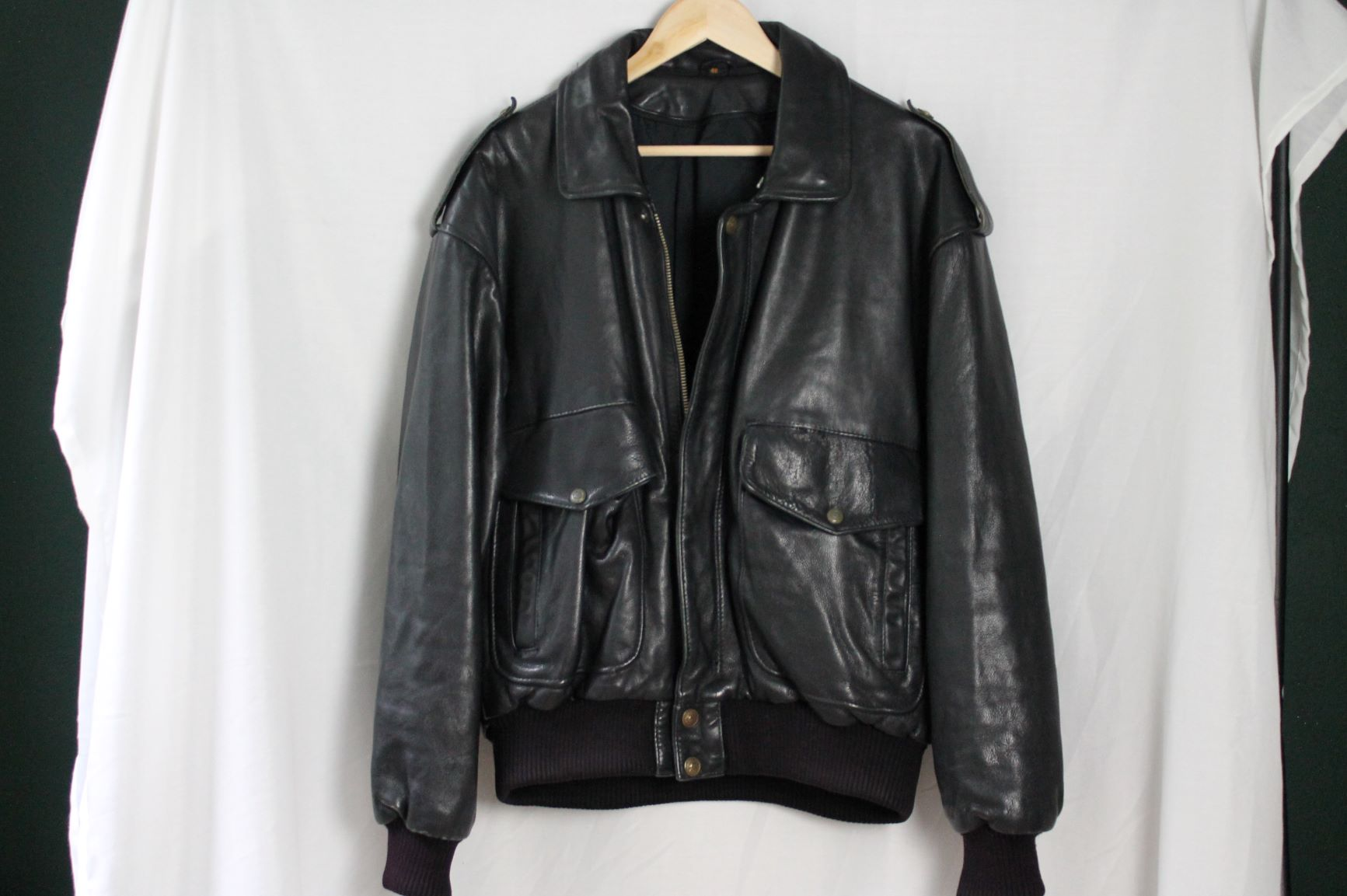 Aviator bomber size man XL woman very oversized