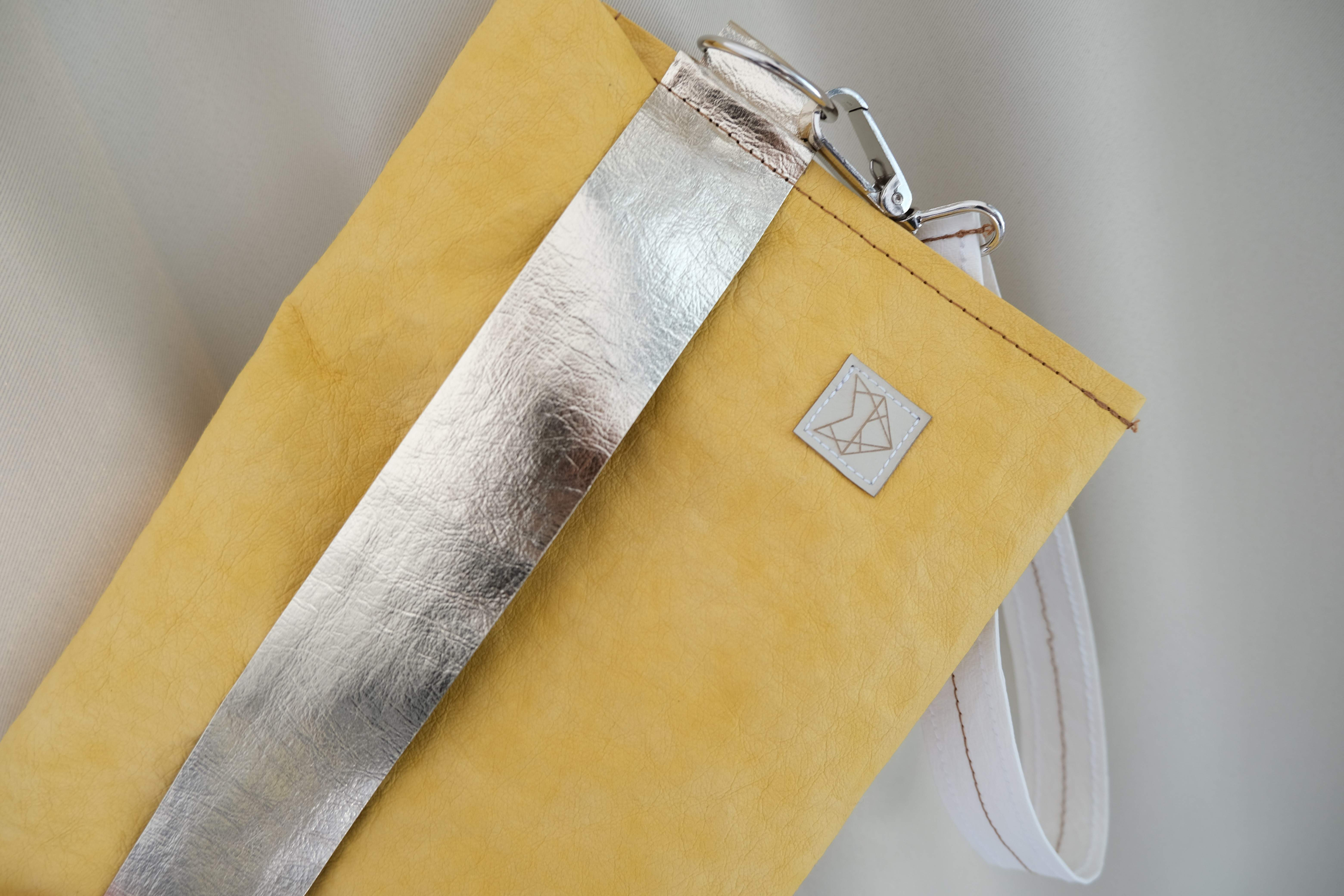 Clutch bag - limited Yellow