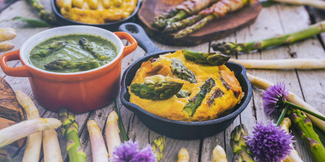 roasted-green-and-white-asparagusjpg